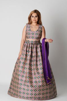 Neat, uniform, and pretty patterns. The most flattering way to wear an all-over pattern. Delicate trim on the dupatta. Sleeveless for just the right amount of skin . This piece is all about balance Pretty Patterns, Anarkali, Indian Fashion, Delicate, Silk, How To Wear, Dresses, Lanterns, India Fashion