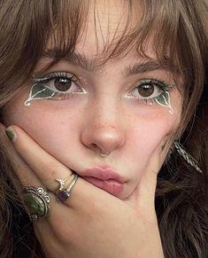 Edgy Makeup, Grunge Makeup, Eye Makeup Art, Fairy Makeup, Cute Makeup, Pretty Makeup, Asian Eye Makeup, Makeup Inspo, Skin Makeup