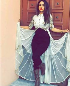 Beautiful dresses for party Indian Gowns, Pakistani Dresses, Western Dresses, Western Outfits, Indian Wedding Outfits, Indian Outfits, Indian Designer Outfits, Designer Dresses, Stylish Dresses
