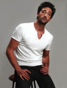 just watched the Pianist and Detachment and I now officially love this man!  Adrien Brody