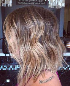 haircut ideas for round face double chin natural straight hair for black women hairstyles hairstyles for thin hair Mid Length Curly Hairstyles, Short Curly Haircuts, Layered Bob Hairstyles, Curly Hair Cuts, Twist Hairstyles, Pretty Hairstyles, Curly Hair Styles, Guy Haircuts, Permed Hairstyles