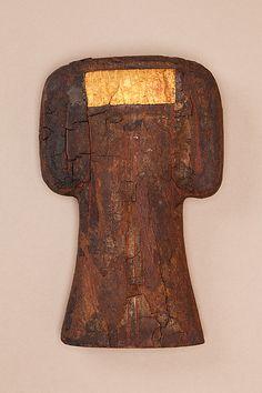 Bat Amulet of Hapiankhtifi | Middle Kingdom | The Met Dynasty:Dynasty 12 Date:ca. 1981–1802 B.C. Geography:From Egypt, Middle Egypt, Meir (Mir), Tomb of Hapiankhtifi, Mummy, Khashaba excavations Medium:Wood, gold leaf Dimensions:h. 13.2 cm (5 3/16 in); w. 8.8 cm (3 7/16 in)