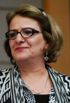 منیرو روانیپور Moniro Ravanipour
