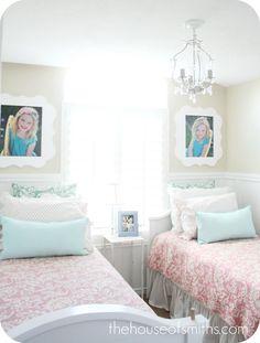 Orange Blossom Shop - Giveaway - Twin Room Decor