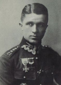 Major Georg Sosnowski chief of Polish agents network in early 30. Nazi Reich. He stole majority of Reichswehr secrets through his female agents. Sentenced by Nazis but exchanged for Nazi spies captured in Poland. Poles did not trust him and sentenced him too. Missed in II WW probably made deal with Soviets or killed by Soviets. More on veetex.wordpress.com