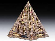 Ancient Egyptian Pyramid Eye of Horus with 16 Mini Deities Figurine Statue Myth Pyramid Eye, Egyptian Pyramid, Ancient Art, Ancient Egypt, Creepy Halloween Decorations, Wine Goblets, Deities, Miniatures, Statue