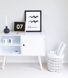 Scandinan decor. We love how @benedikted styled her Oplev Cabinet