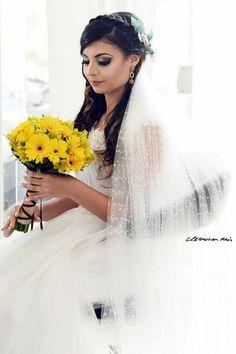 Noiva & Buquê Amarelo ❤🌻