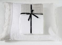 Nu ook Flamant dekbedovertrek Carmel wit/linnen – in de webshop van Overtrek.be