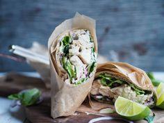 Et lite lunsj eller middagstips fra moi! Klikk deg inn for å se oppskriften 🙂 Aioli, Fresh Rolls, Sandwiches, Tacos, Lime, Lunch, Food And Drink, Cooking, Ethnic Recipes