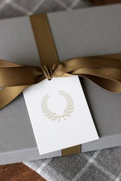 Wheat Laurel Wreath Tags, Set of 20 - Everyday Occasions