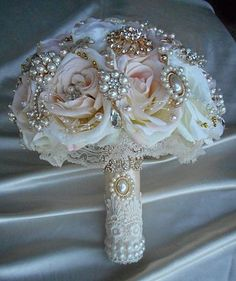 ROSE GOLD Custom Bouquet Jeweled Bouquet, Elegant Blush Pink Rose Gold and Gold Brooch Bouquet ,Brooch Bouquet, 250 is a Deposit Only Gold Wedding, Wedding Flowers, Dream Wedding, Wedding Day, Silver Weddings, Broschen Bouquets, Bouqets, Wedding Brooch Bouquets, Floral Arrangements