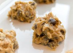 Shakeology no bake chocolate chip cookie dough! A delicious and guilt free way to enjoy an American classic.  // easy // healthy // breakfast // chocolate // vanilla // shakeology // healthy food // fitspiration // fitness // 21 Day Fix // nutrition // beachbody // fitspo // healthy treats // eat clean // recipe // protein // healthy recipe// chocolate chip cookies// chocolate chip cookie dough
