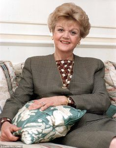 "Sleuth: Angela Lansbury gave Miss Marple a run for her money as Jessica Fletcher in long running TV series ""Murder She Wrote"". Hollywood Stars, Old Hollywood, Cabot Cove, Tv Detectives, Cultura General, Angela Lansbury, Miss Marple, Cute Cars, Drama"