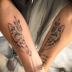 60 Brother-Sister Tattoos For Siblings Who Are the Best of Friends- Siblings are the BFFs you're born with. If you are close with your brother or sister, these tattoo ideas will inspire you to make your bond permanent. Bro Tattoos, Brother Tattoos, Family Tattoos, Couple Tattoos, Body Art Tattoos, Wolf Tattoos, Tattoos For Guys, Full Sleeve Tattoos, Hand Tattoos