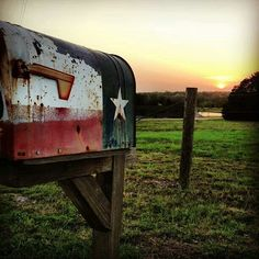 Round Top, Texas back road mailbox . Americana inspiration, taken on hartfield road by amie & Jolie one eve {junk gypsy co} Shes Like Texas, Post Bus, Only In Texas, Texas Forever, Loving Texas, Texas Pride, Lone Star State, Texas Homes, Down South