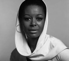 Gail Fisher. First to win a Emmy