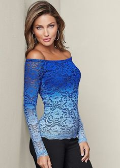 LACE OMBRE TOP, SLIMMING STRETCH JEGGINGS, HIGH HEEL STRAPPY SANDAL