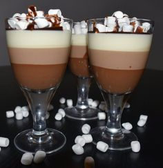 Baking Recipes, Dessert Recipes, Delicious Desserts, Yummy Food, Pineapple Coconut, Afternoon Snacks, Sugar And Spice, Panna Cotta, Sweet Treats