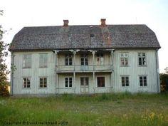 ödehus, småland- would love to restore-dream house!- Admiro la arquitectura racionalista, pero aquí es donde yo podría vivir