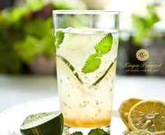 Coconut water with lime and lemon balm - Woda kokosowa z limonką i melisą