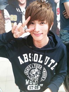 u-kiss kiseop.... Can I just go marry Kiseop already ^^