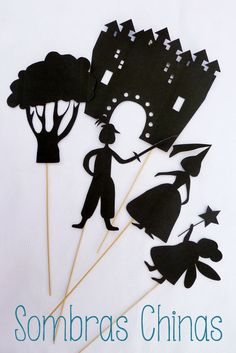 Qué cosas haces. Sombras chinas para las noches de verano. Chinese shadow summer Diy For Kids, Crafts For Kids, Shadow Theatre, Diy And Crafts, Paper Crafts, Toddler Learning Activities, Shadow Play, Shadow Puppets, Programming For Kids
