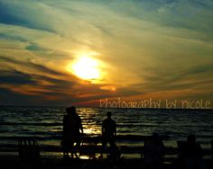 #Beach-Lake Erie   Lake Erie has sports Local views   Like, share! Thanks     http://www.linksbuffalo.com/place/bacchus-wine-bar-restaurant/