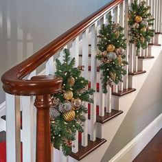 87designs stairways 19 87designs gold christmas ornaments christmas greenery indoor - Staircase Christmas Decorating Ideas
