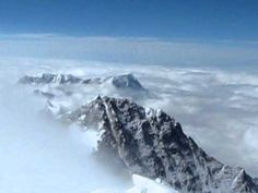 Fantastic Everest 360 degree panorama 2011 from Tim Mosedale