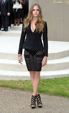Look of the Day: Cara Delevingne's Geometric Chic