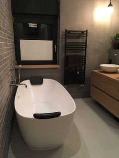 beton cire brown - Google Zoeken Corner Bathtub, Bathroom, Google, Bath Room, Bathrooms, Bath, Bathing, Bathtub, Toilet