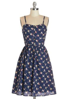What a Day Date Dress. Whether you and your sweetie plan to stroll hand-in-hand through the park or treat yourselves to lunch in the city, this navy tank dress is perfect for any day date! #blue #modcloth