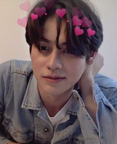 Me gusta, 5 comentarios - 𝐁𝐁𝐑𝐈𝐆𝐇𝐓𝐕𝐂 𝐅𝐀𝐍 Handsome Faces, Handsome Actors, Handsome Boys, All The Bright Places, Bright Wallpaper, Boyfriend Photos, Cute Love Memes, Bright Pictures, Handsome Prince