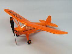 """Piper J4-E \""""Cub Coupe\"""" #330"""