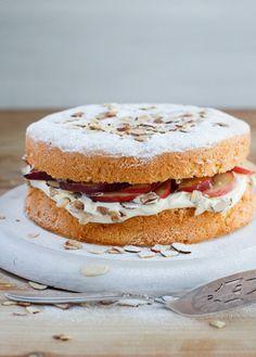 Peaches and Cream Sponge Cake