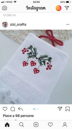 Xmas Cross Stitch, Cross Stitch Flowers, Counted Cross Stitch Patterns, Cross Stitch Designs, Cross Stitching, Christmas Sewing, Christmas Embroidery, Diy Embroidery, Christmas Cross