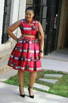Ankara Xclusive: Short African Dresses 2018 : Recent African Dresses Collection African Fashion Ankara, African Inspired Fashion, Latest African Fashion Dresses, African Print Fashion, Africa Fashion, Ghanaian Fashion, Men's Fashion, Fashion Decor, Tribal Fashion