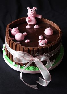 This was my version of the Pigs in Mud cake. Pigs In Mud Cake, Pig In Mud, 18th Birthday Cake For Girls, Girl Cakes, Cute Cakes, Creative Cakes, Celebration Cakes, Amazing Cakes, Chocolate