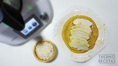 Pechuga de pavo al curry. Un plato bajo en grasas acompañado de una salsa muy ligera donde la cebolla y la soja son las protagonistas.