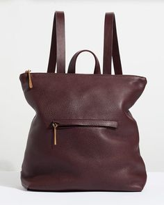 An update on our bestseller, meet our Stevie backpack. Handmade in a family-run factory in Portugal, it is crafted from supple leather that will age beautifully over time. Practical yet stylish, it features strong, bridle adjustable straps and an exterior front pocket. Other features include an interior purse pocket, top handle and a zip closure to keep your belongings safe.