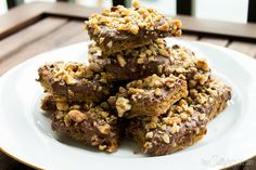 Chocolate Pecan Toffee Bars, super easy to make and delicious!!