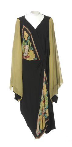 Afternoon dress | Paul Poiret | 1922 | Les Arts Décoratifs, Paris (Photographer: Jean Tholance)