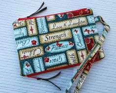 Pouch with two separated zipper compartments. Tutorial & Pattern
