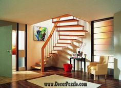 Full catalog of interior stair railing ideas, the proper material to use according to your staircase design, modern stair railing designs and and some expert tips for glass stair railing system installation Interior Stair Railing, Modern Stair Railing, Stair Railing Design, Modern Stairs, Interior Design Basics, Modern Interior Design, Small Space Stairs, Small Spaces, Spiral Stairs Design