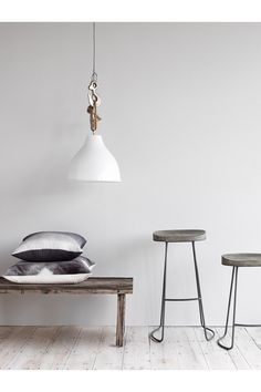 <ul> <li> Wood and metal bar stool</li> <li> Salvage grey wooden seat</li> <li> Grey zinc-coated metal frame</li> <li> Products may vary slightly from one example to the next due to the handmade nature of the products</li> </ul>  Please note that this product is hand crafted using natural Mango wood. The finish is hand applied and will vary from piece to piece. Over time the finish will mellow allowing the timber to show through.
