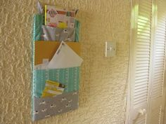 I need to make one of these....mind you how long before it's overflowing with out of date mail?