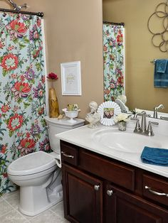 With a few upgrades, you can increase the hygiene factor and get a spotless, less germy high tech bathroom space you can enjoy every day. at TidyMom.net