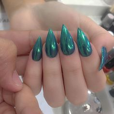 Green hologram nails