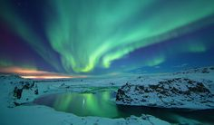 Google Image Result for http://www.blacktomato.com/wp-content/uploads/2006/05/Northern-Lights-Iceland.jpg